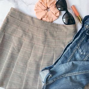 Aritzia Sunday Best Olive plaid skirt Briar Check